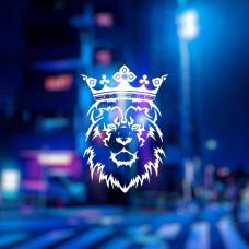 Наклейка лев с короной на авто