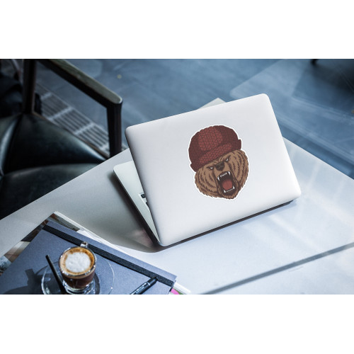 "Наклейка на ноутбук ""Медведь в шапке"""